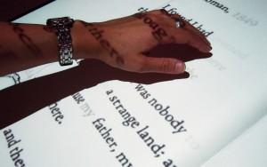 Hand-nggid0218-ngg0dyn-800x500x100-00f0w010c011r110f110r010t010